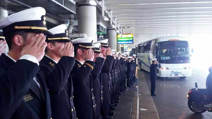 Army-Navy-Game:士官学校伝統の...